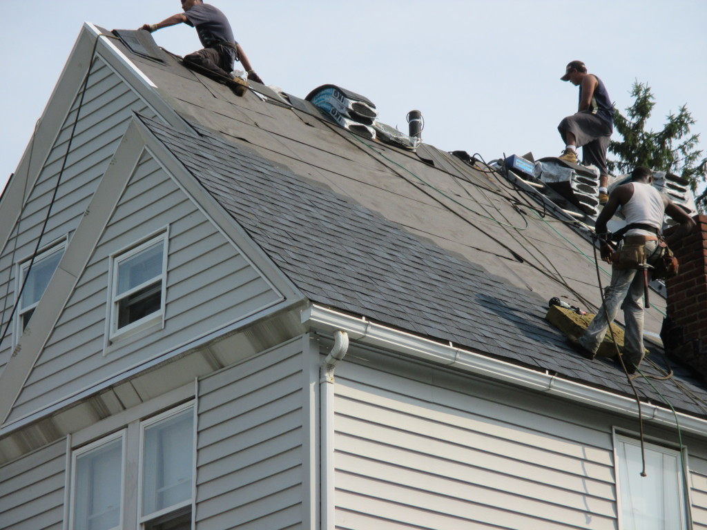 Roofing Contractors in Cleveland Heights
